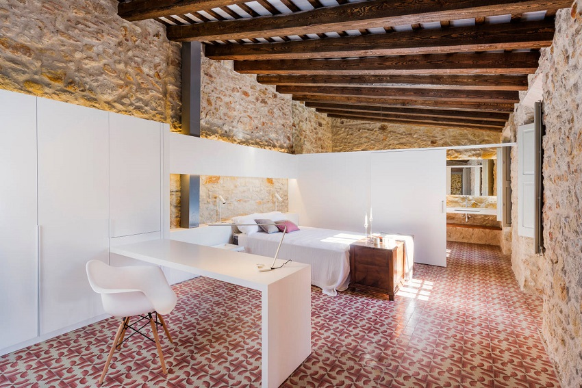 9. House restoration in Girona - Stunning country house renovation by architect Gloria Duran