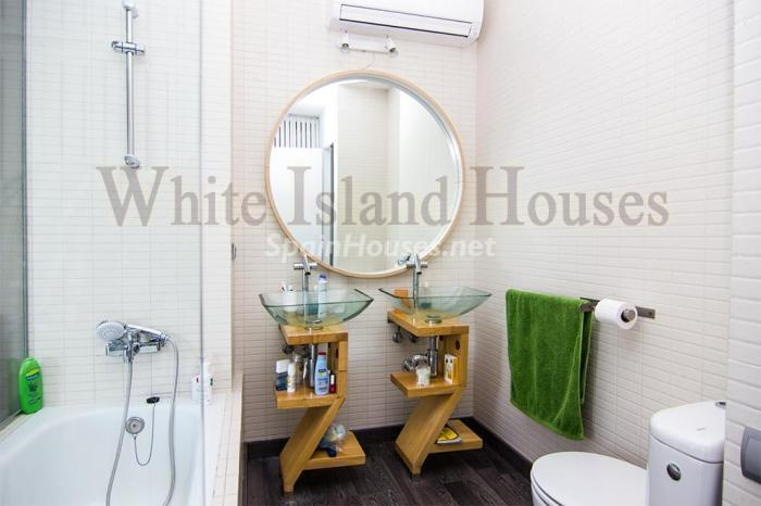 9. Penthouse duplex for sale in Santa Eulalia del Río - For Sale: Penthouse Duplex in Santa Eulalia del Río, Balearic Islands