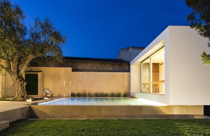 9. Swimming Pool and Studio Joan Miquel Segui & Tono Vila