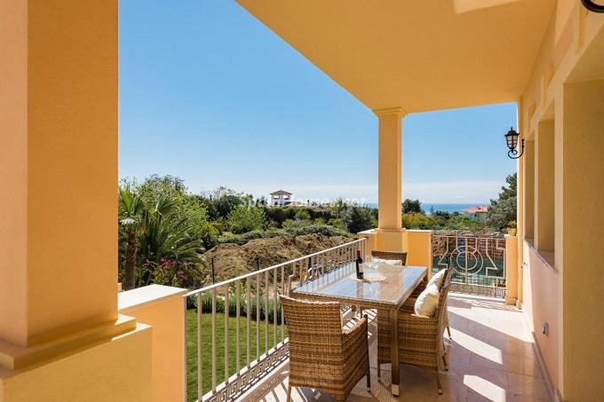 9. Villa for sale in Marbella - For Sale: Outstanding Villa in Marbella, Málaga