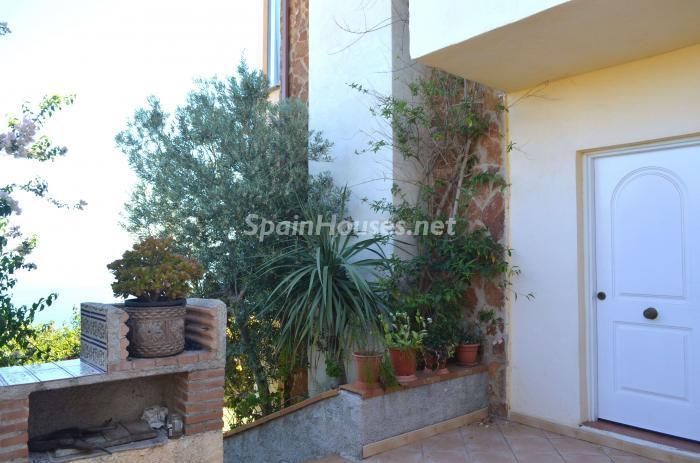 9. Villa for sale in Salobreña