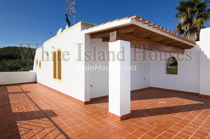 9. Villa for sale in Santa Eulalia del Río - Beautiful Villa for Sale in Santa Eulalia del Río (Baleares)