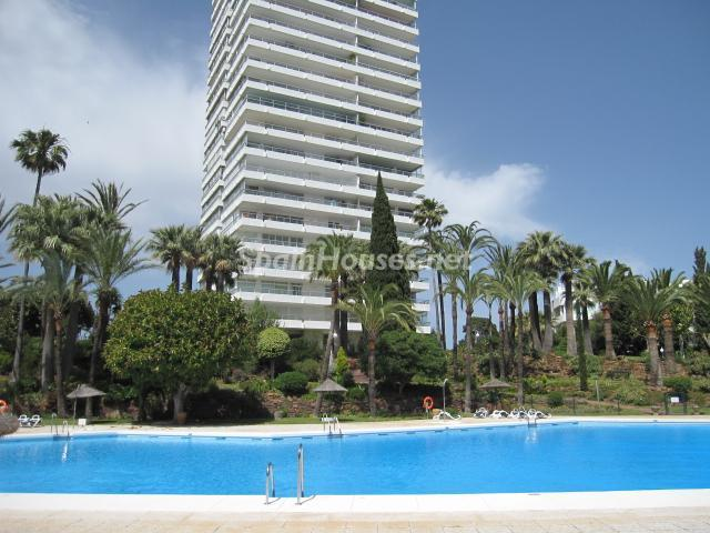 925 - Luxury Apartment for Sale in Marbella, Malaga