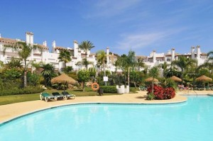 929689 15724 17 300x199 - Holidays in Spain? See this ideal villa in the Costa del Sol