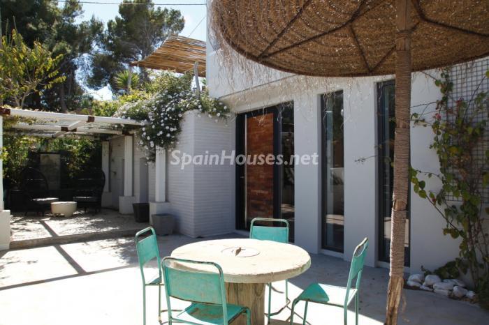 941 - Modern Style Villa for Sale in Ibiza (Baleares)