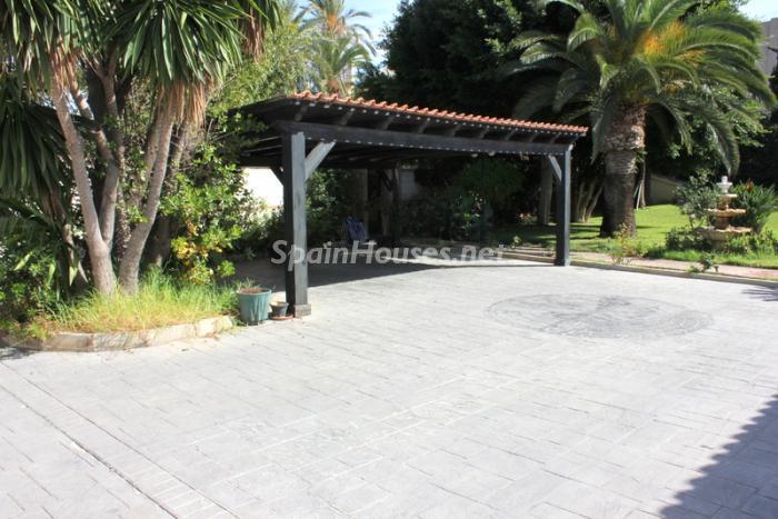 945 - Fantastic Villa For Sale in Torremolinos, Málaga