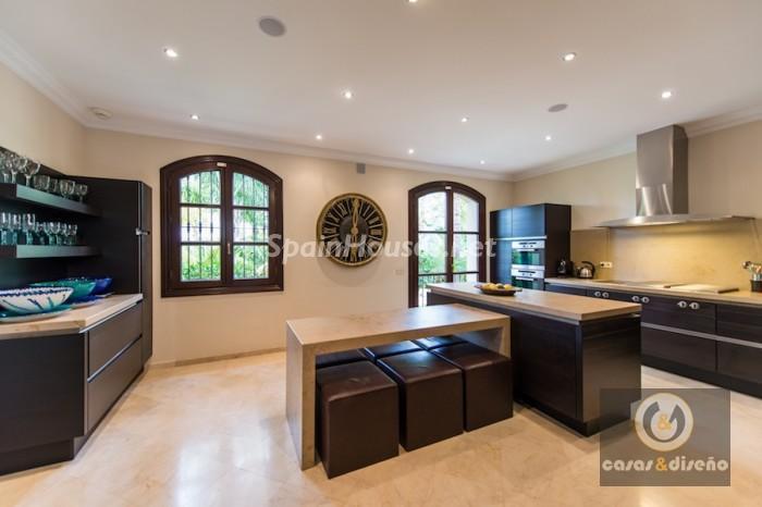 962486 558662 8 - Stunning Villa for sale in Marbella (Málaga)