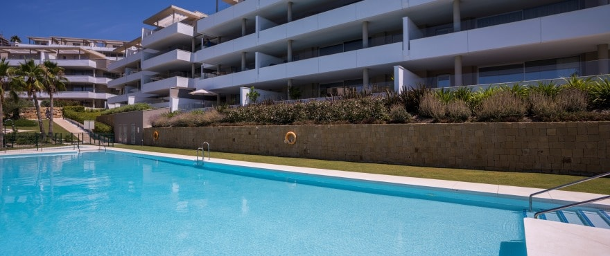 A10 Botanic pool July2019 - Last 3 bed apartments with large terraces in Benahavís (Malaga). Now key ready