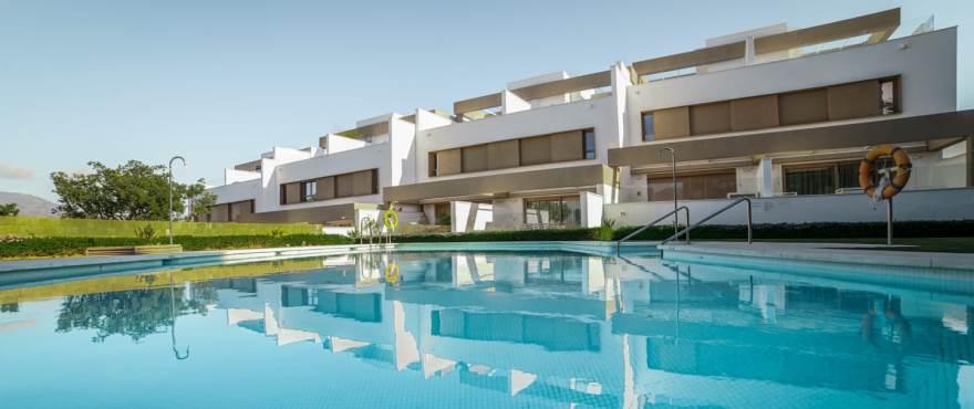 A1 Horizon golf townhouse pool January 2019 - Last townhouses for sale in La Cala Golf, Mijas (Malaga). Now key ready