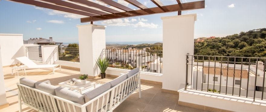 A5 1 La Floresta Sur Terrace Mz 2019 - Last apartments and penthouses with sea view in Elviria - Marbella. Now key ready