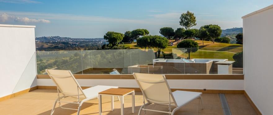 A5 Horizon Golf townhouse terrace Jan 2019 - Last townhouses for sale in La Cala Golf, Mijas (Malaga). Now key ready