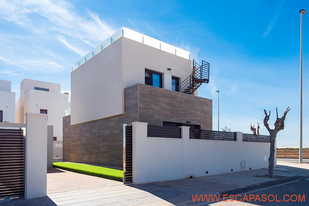 APARCAMIENTO ALICANTE - This brand new villa with a pool in Alicante is just perfect for a fresh start
