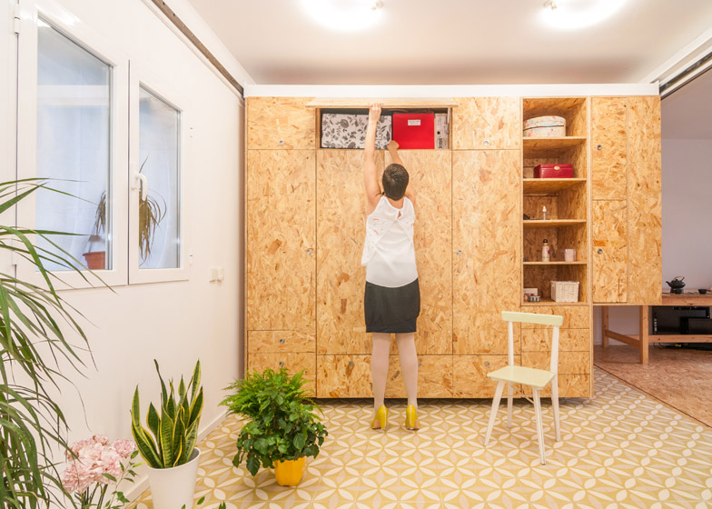 All I Own 9 - All I Own House: Multifunctional Space in Madrid Apartment