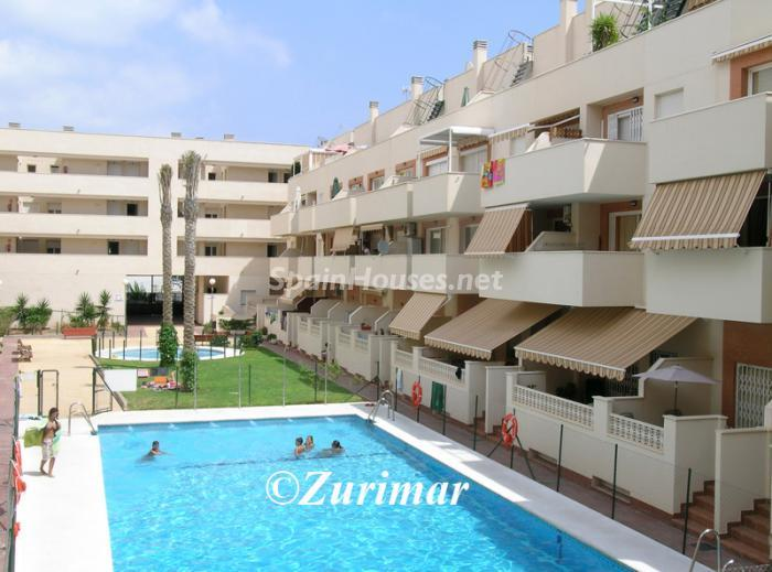 Apartment for sale in Roquetas de Mar Almería 1 - On the Market: 10 Homes for up to €100,000 in Almeria, Spain