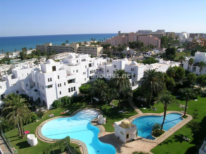 Apartment for sale in Roquetas de Mar Almería - On the Market: 10 Homes for up to €100,000 in Almeria, Spain