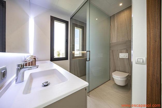 BANO 2 CASA CON PISCINA ALICANTE - Discover this spectacular house with a pool in Alicante