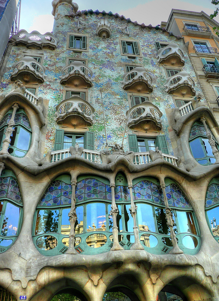 Casa Batllo 2 - Casa Batlló, Gaudí's Architectural Treasure in Barcelona, Spain