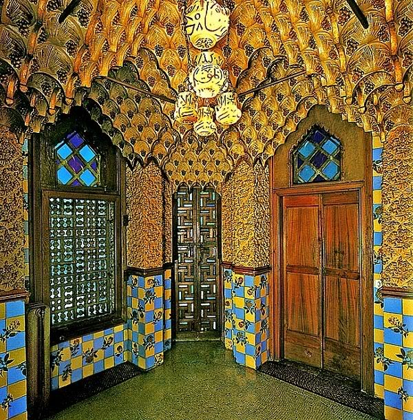 CasaVicens3 - Architecture in Spain: Casa Vicens by Antoni Gaudí, Barcelona
