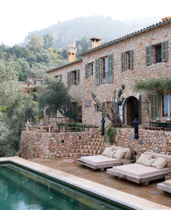 Cave Home - Cave House in Mallorca by Designer Alexandre de Betak