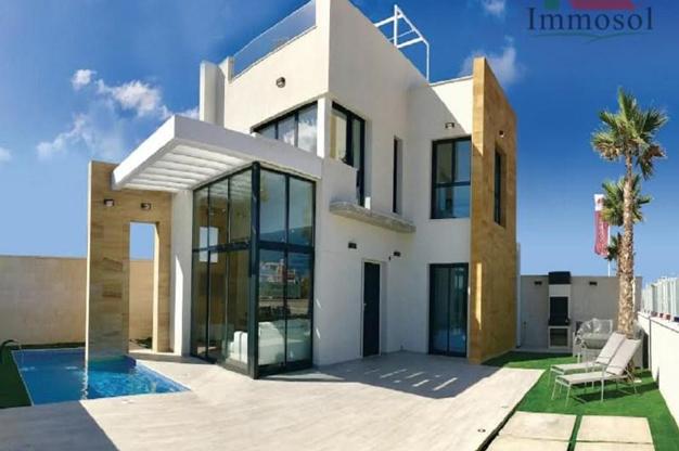 Chalet de lujo en Alicante confort y excelente ubicacion - Luxury house in Alicante: comfort and an excellent location