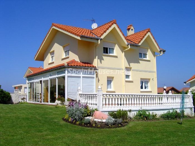 7 Country Houses For Sale In Cantabria Spain News