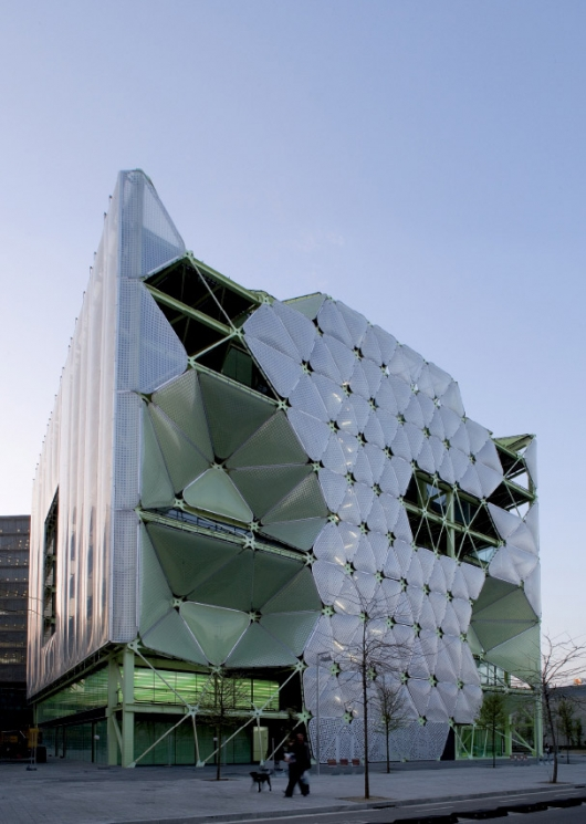 Cloud9 Architecture41 - Media-ICT office building in Barcelona designed by Cloud 9
