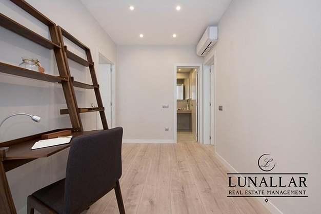 DESPACHO SARRIA - Discover this fabulous flat located in an exclusive and prestigious area of Barcelona city