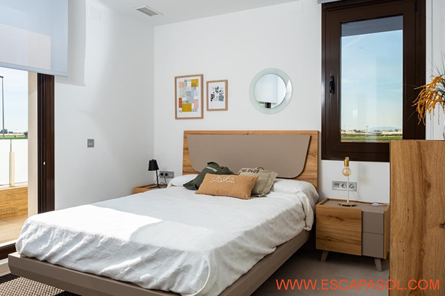 DORMITORIO 1 ALICANTE - This brand new villa with a pool in Alicante is just perfect for a fresh start