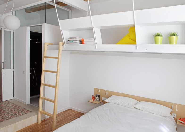 Design Barcelona Apartment3 - Barcelona Apartment Designed by Miel Arquitectos and Studio P10