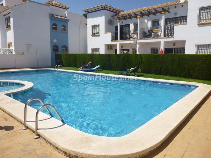 Detached bungalow for sale in Torrevieja