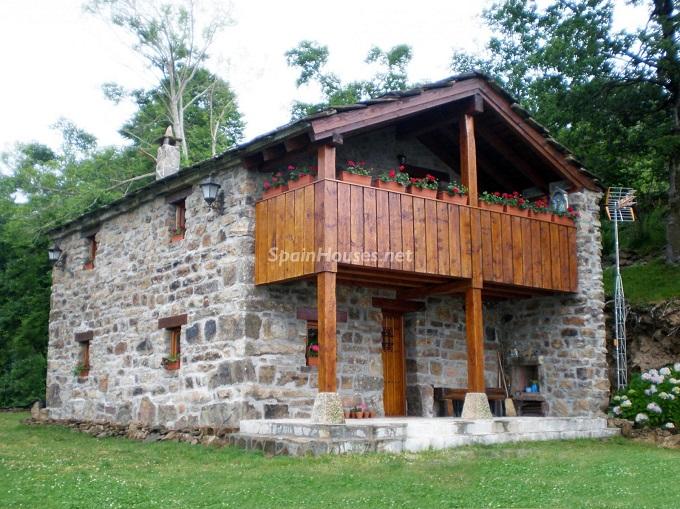 Detached house for sale in San Roque de Riomiera