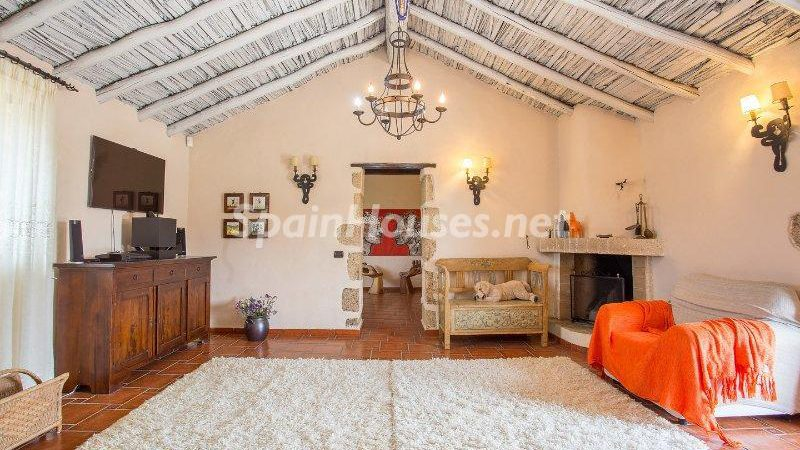 Detached house for sale in Vilaflor e1493713532191 - 8 Fantastic Homes for Sale in the Canary Islands!