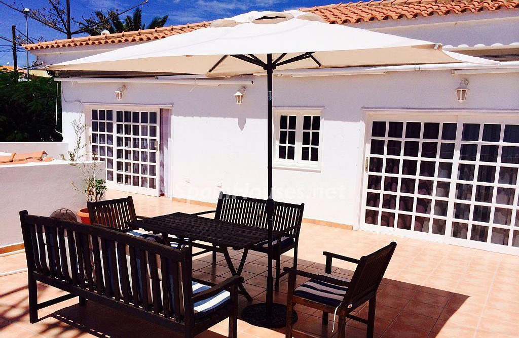 Detached villa for sale in Adeje e1493713500770 - 8 Fantastic Homes for Sale in the Canary Islands!