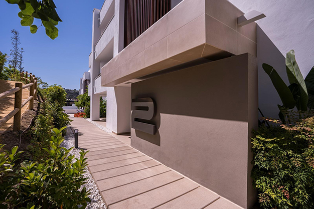 EDIFICIO BENAHAVIS - Live surrounded by nature with this luxury apartment in Málaga