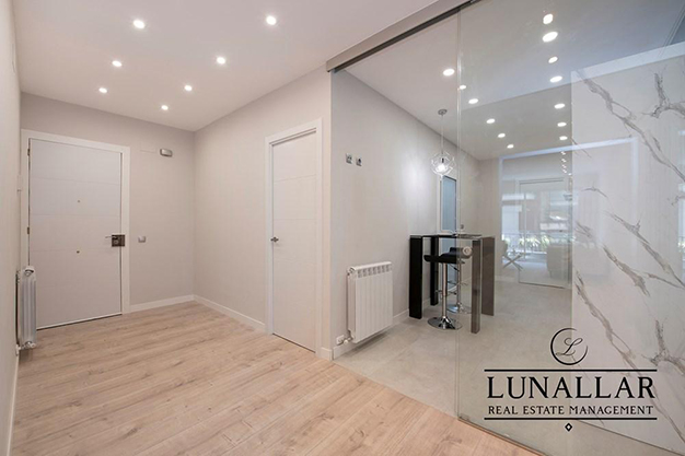 ENTRADA SARRIA - Discover this fabulous flat located in an exclusive and prestigious area of Barcelona city