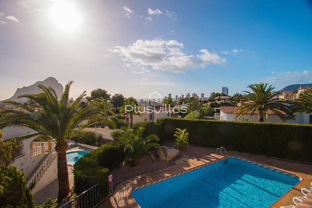 EXTERIOR CHALET CALPE - Find your new home in this luxury villa in Alicante