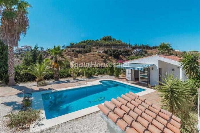 Estate for sale in Alhaurín el Grande Málaga - For Sale: 8 Charming Estates in Spain, with Charming Prices too!