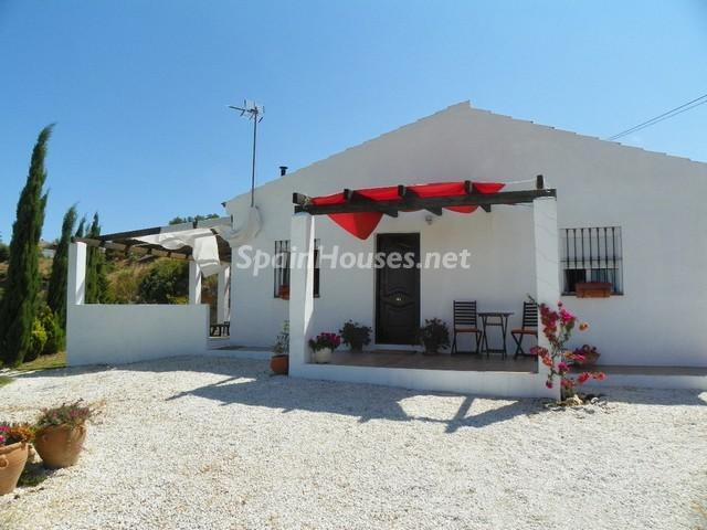 Estate for sale in Cártama Málaga - Country Houses: 7 Estates Under €200,000 in Spain