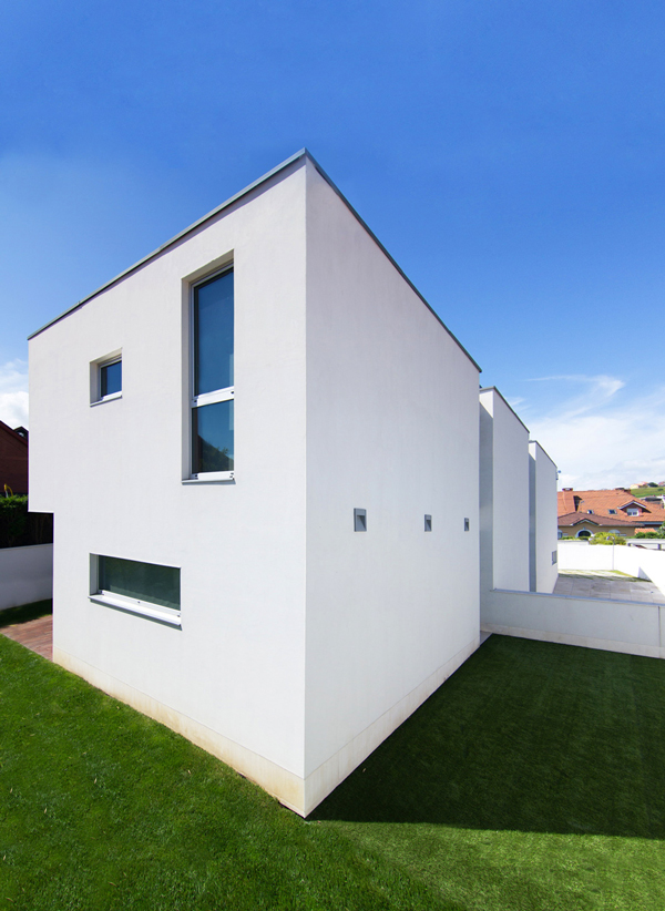 Exterior Look Spanish House - Modern design in a private house in Northern Spain