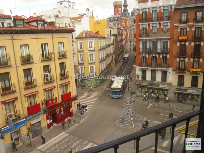 Flat to rent in Palacio neibourhood Madrid e1476693117130 - 6 Fantastic apartments to rent under €900 per month