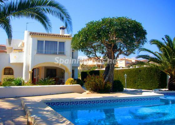 Holiday rental villa in Benissa Alicante - Low cost beach holidays in Spain