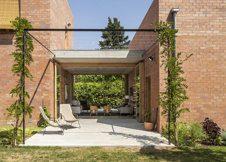 House 1101 2 - House 1101 by H Arquitectes in Barcelona
