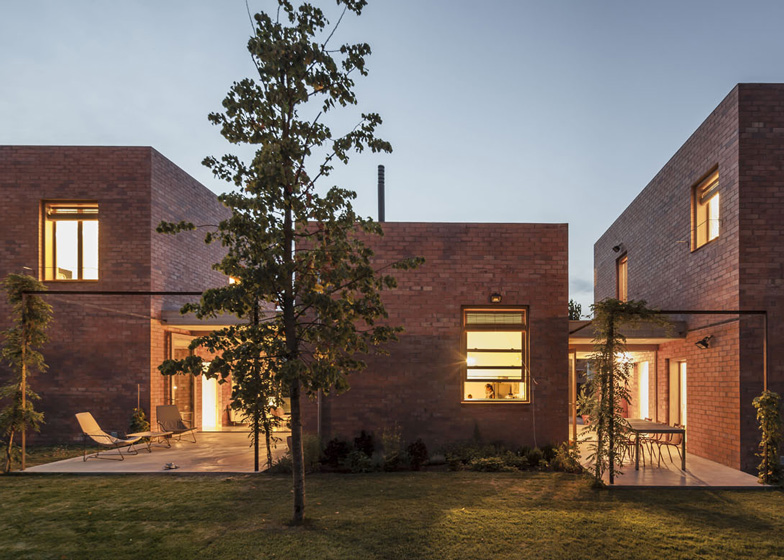 House 1101 9 - House 1101 by H Arquitectes in Barcelona