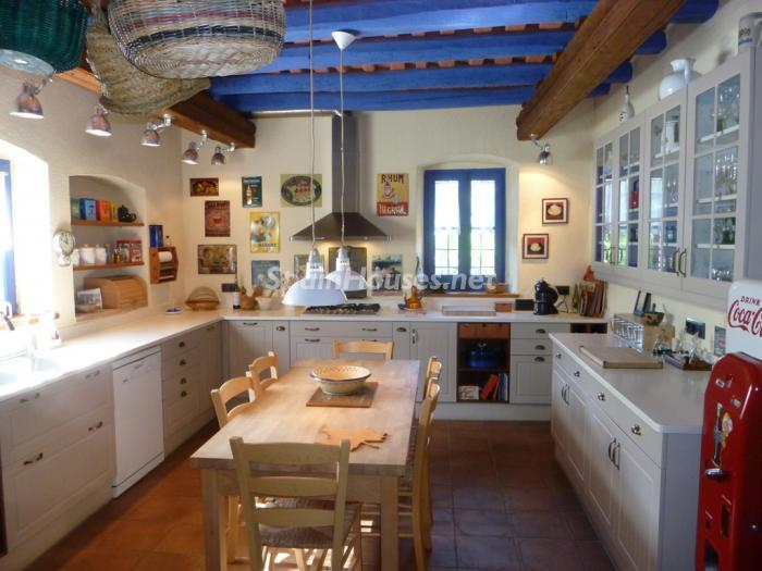 House in Sils2 - Beautiful Country House for Sale in Sils, Girona