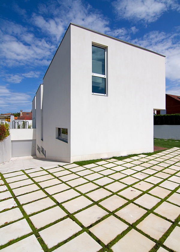 Interesting View upon Spanish House - Modern design in a private house in Northern Spain
