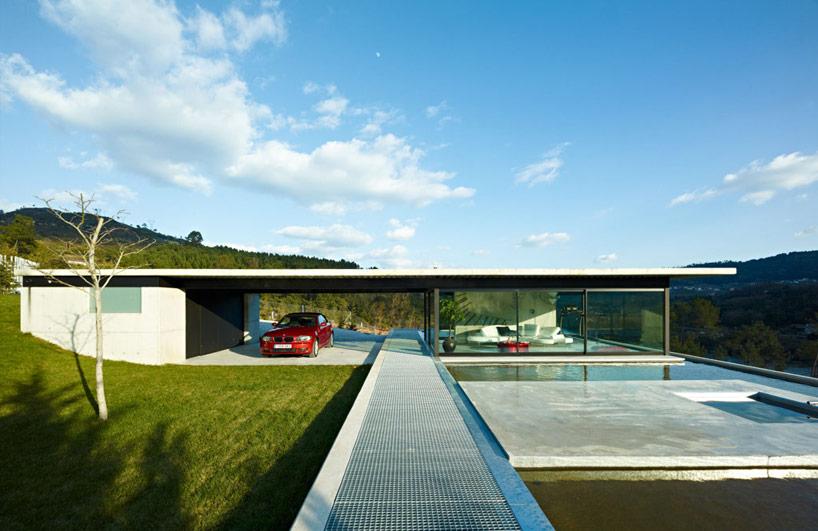 Miño river house in Galicia