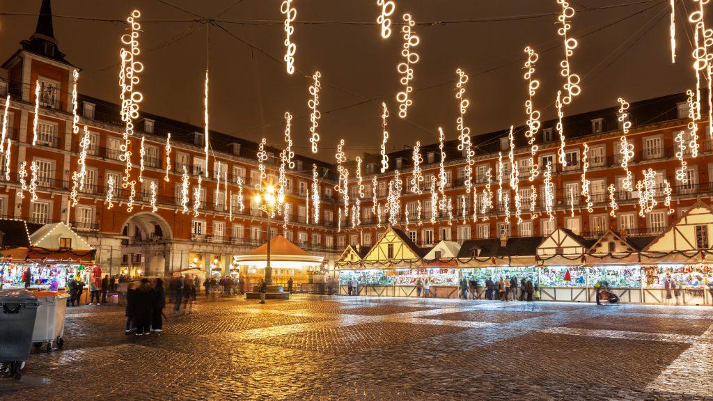 Navidad en Madrid 1 1024x576 - The shiniest five cities at Christmas of Spain