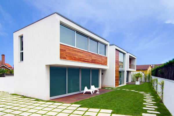 Outside View Spanish House - Modern design in a private house in Northern Spain