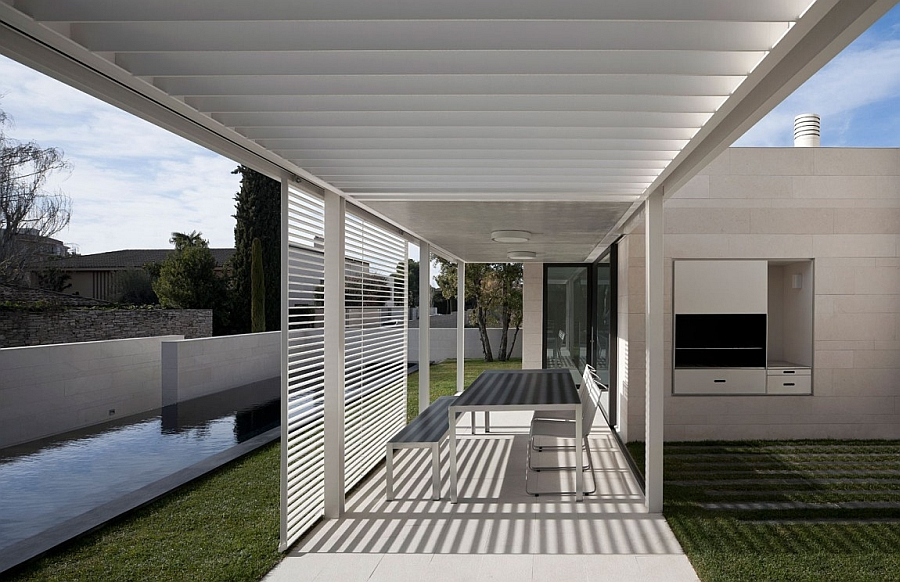 Outstanding and Minimalist Home in Barcelona3