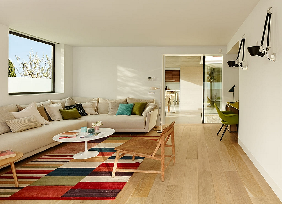 Outstanding and Minimalist Home in Barcelona4